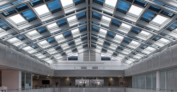 IATA executive office in Switzerland: after its skylight was replaced with more effective, dynamic glazing, the need for air conditioning has been reduced by 60%