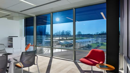 SageGlass Electrochromic Glass Inactive Tint at Saint-Gobain North American Headquarters, Malvern (USA)